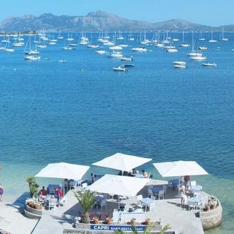 Vista  Hotel Capri