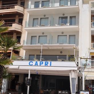 fachada Hotel Capri