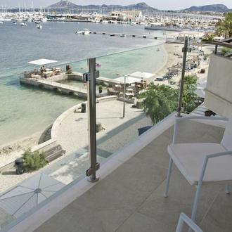Vistas Hotel Capri