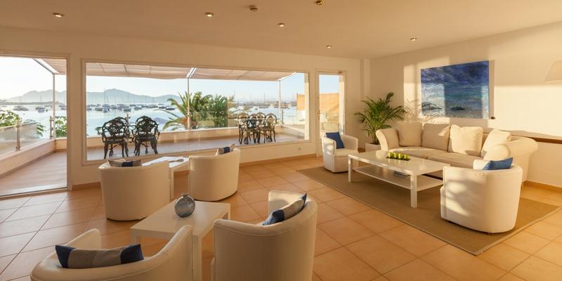 SALON CON TERRAZA Hotel Capri