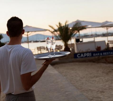 FRENTE A LA PLAYA Hotel Capri 3